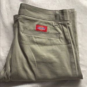 Dickies in tan